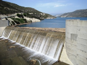 Kouris_Dam_-_overflow_day_8_April_2012
